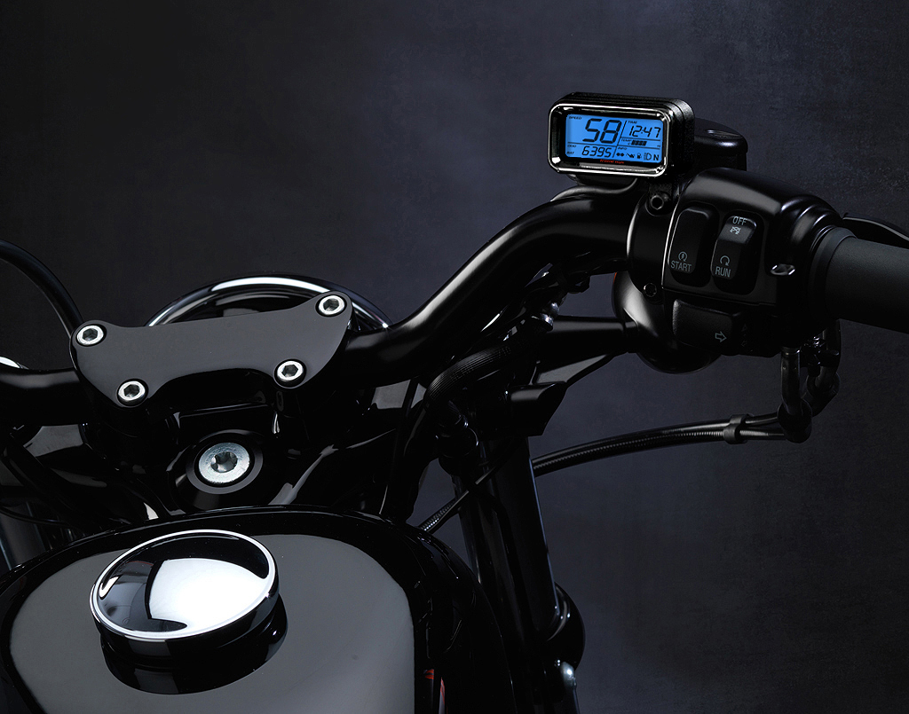 Replacing the speedo, or relocating - The Sportster and